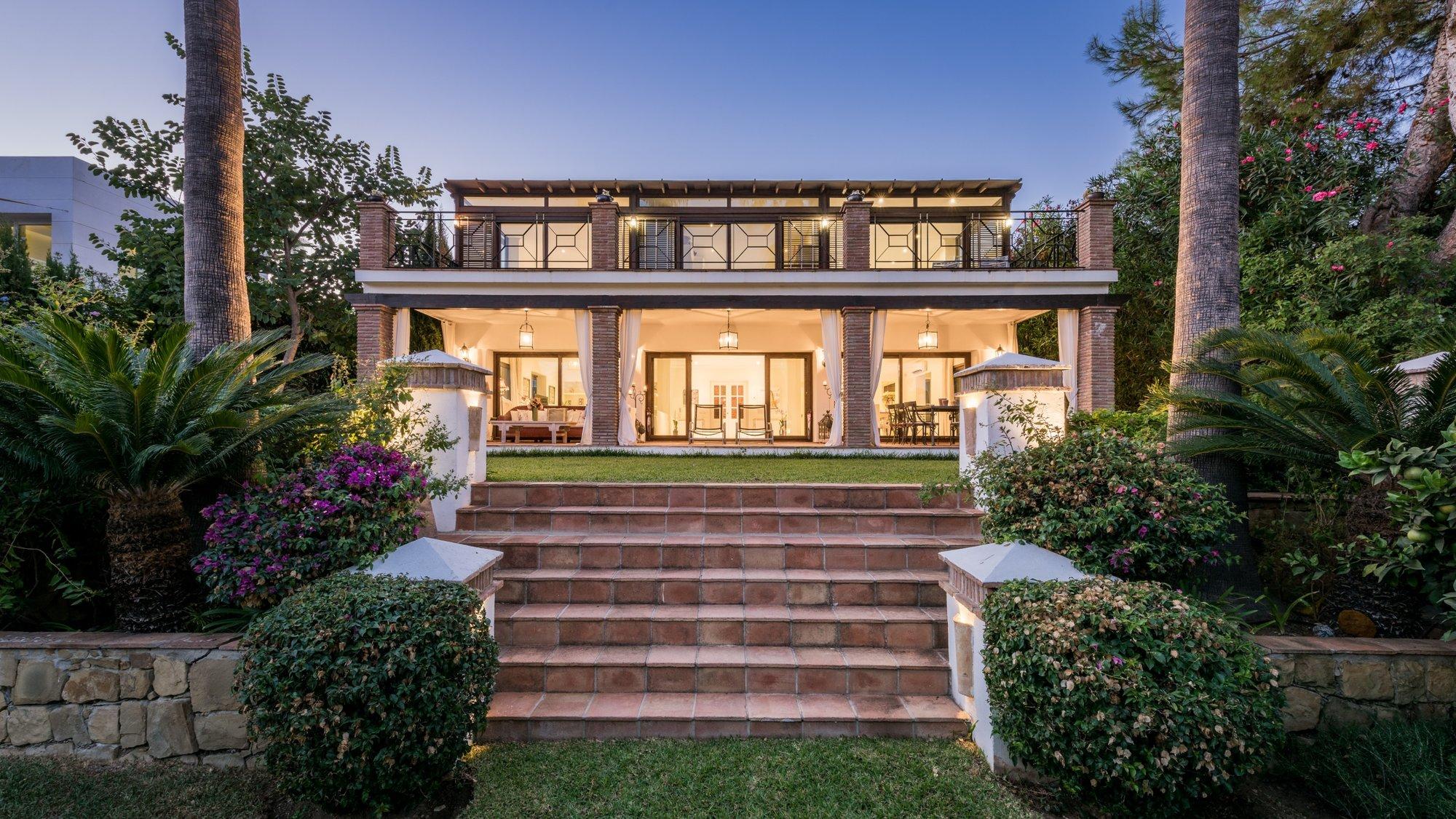 Villa til salgs i Marbella Golden Mile