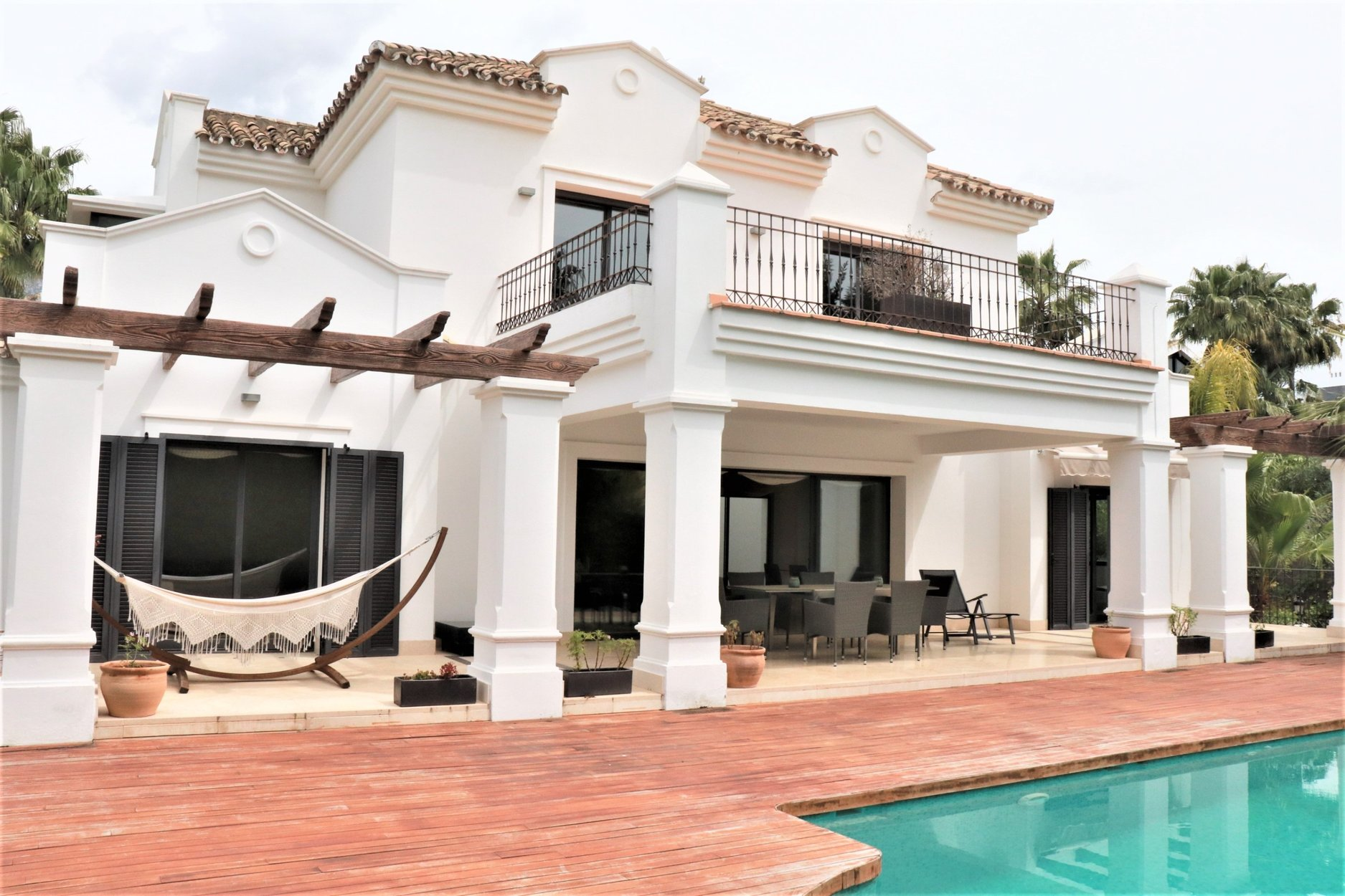 Villa for rent in Marbella, Altos de Puente Romano