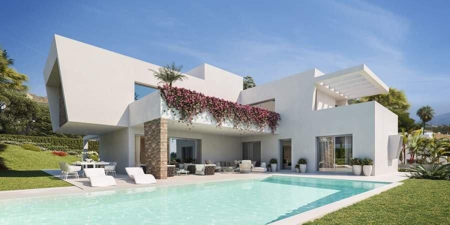 Villa te koop in New Golden Mile