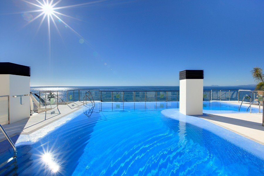Apartment for sale in Estepona, Cosmo Beach