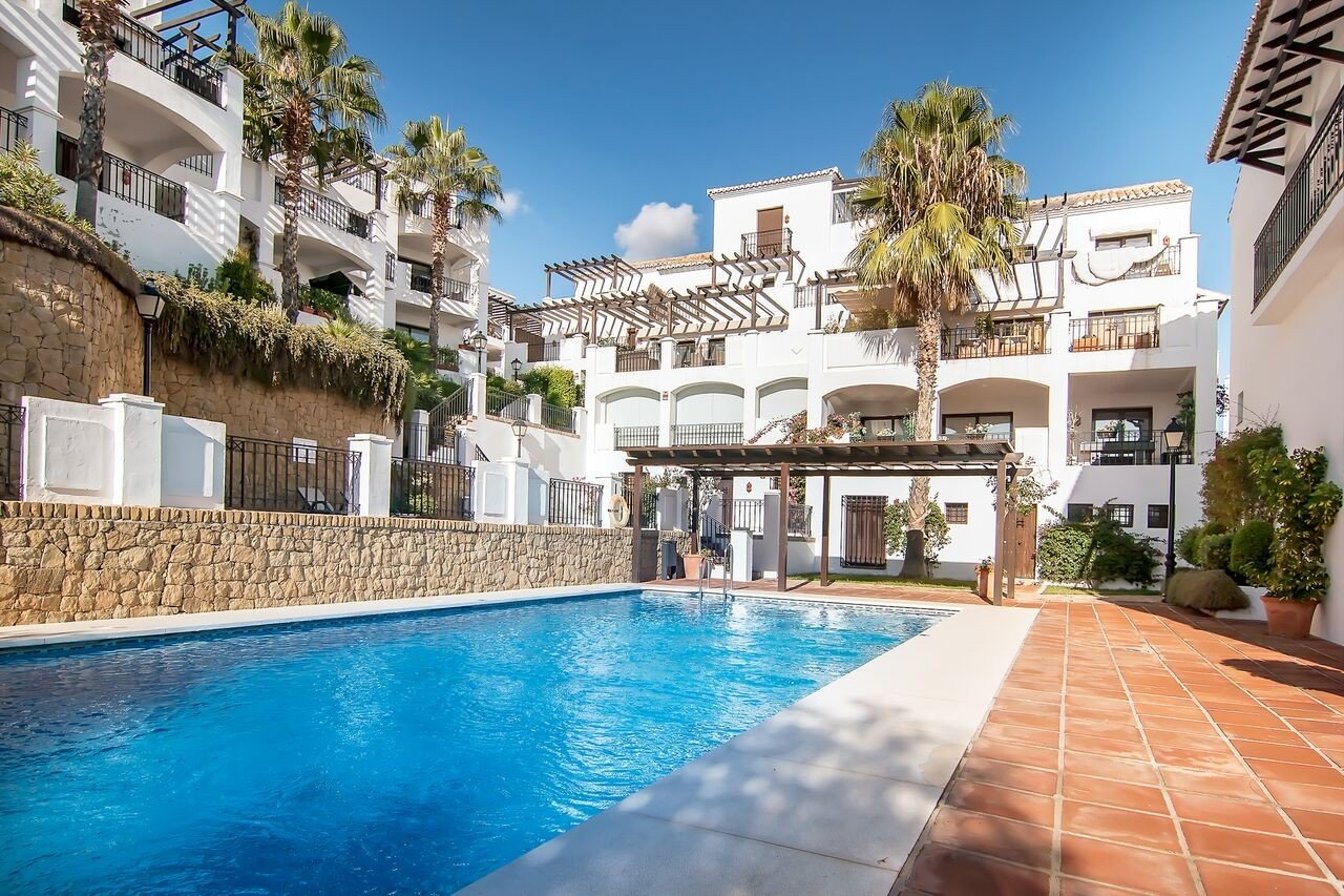 Apartment for rent in Los Monteros