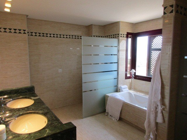 3 Bedroom 2 Bathroom Penthouse For Sale In La Mairena