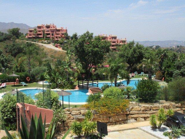Penthouse for sale in Marbella, El Soto de Marbella