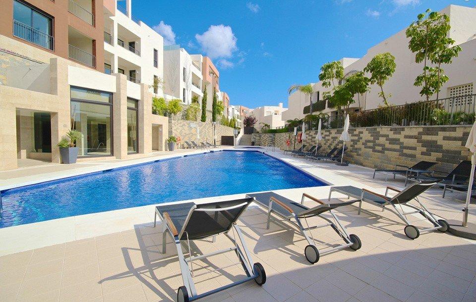 Apartment for rent in Los Monteros