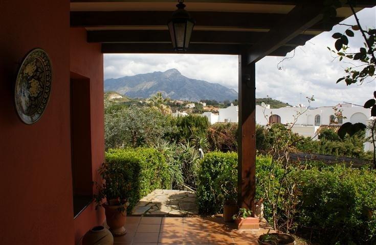 Villa for sale in Benahavís - Costa del Sol