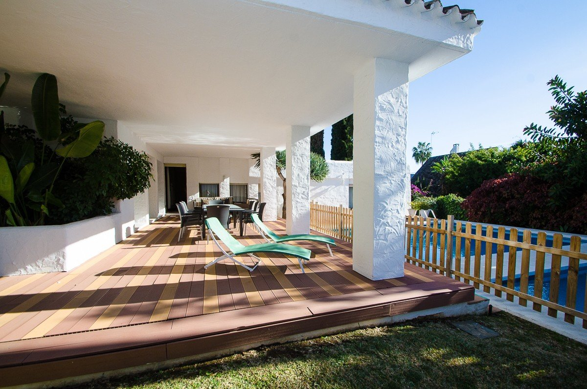 Villa for rent in Puerto Banus
