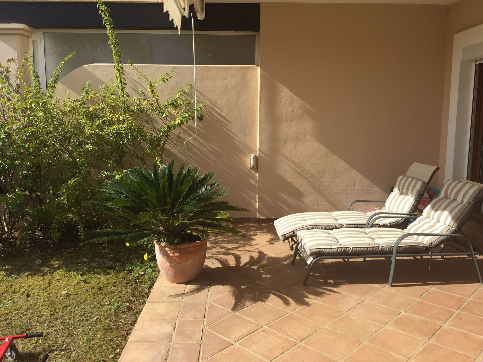 Town house for rent in El Paraiso