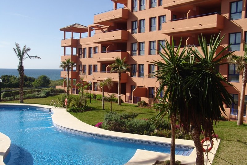 Apartment for rent in Manilva
