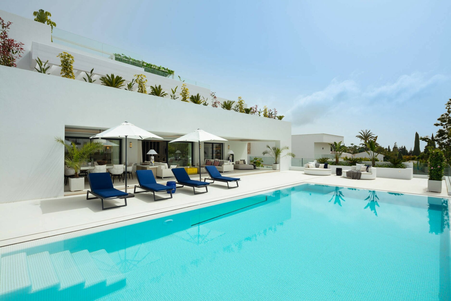 Villa for sale in Marbella, Aloha Golf