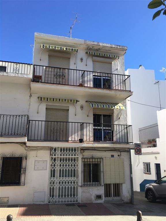 Townhouse for sale in San Pedro Center
