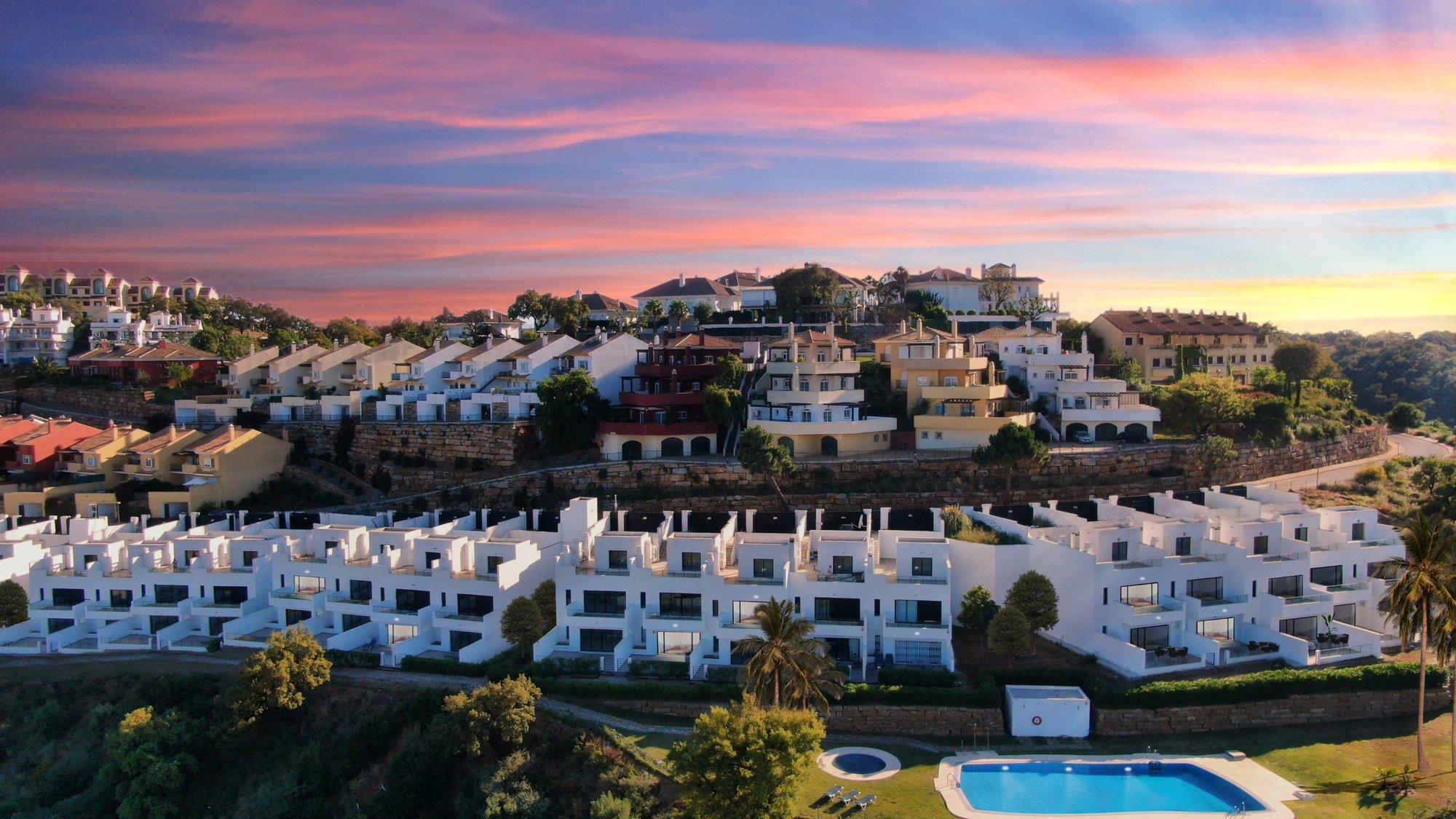Villa for sale in Marbella, Monte Elviria