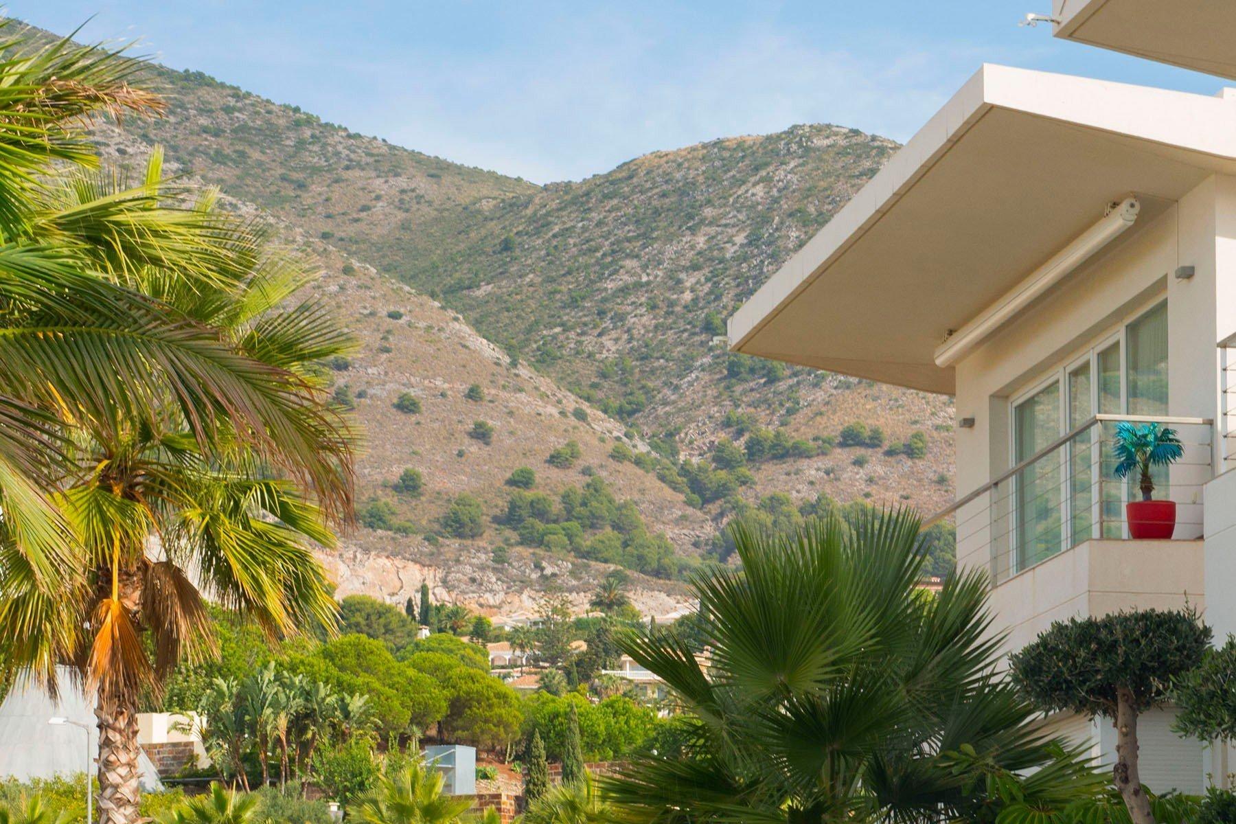 Villa for sale in Benalmadena, Reserva del Higueron