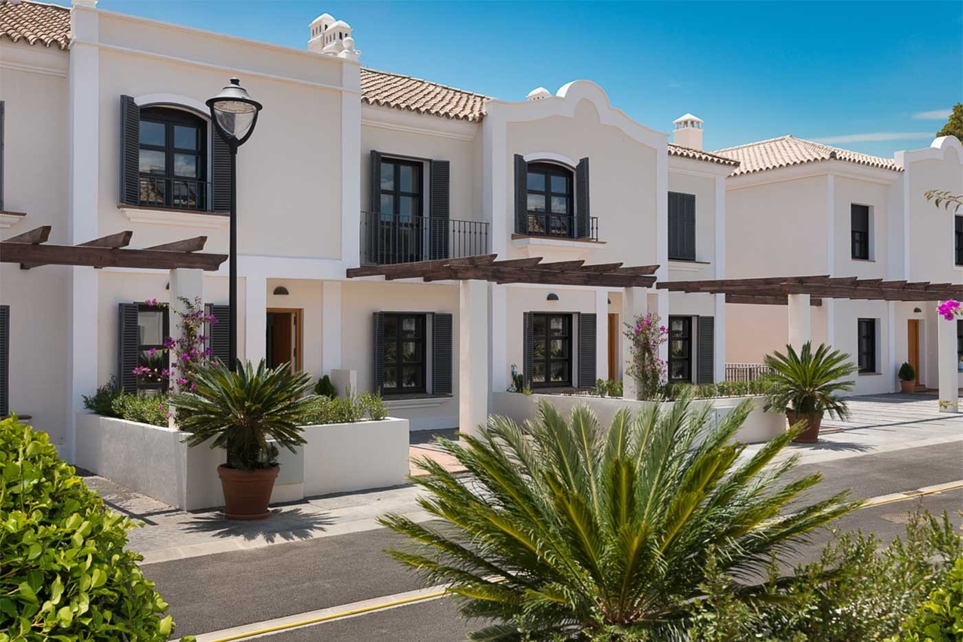 Townhouse For Sale in New Golden Mile, Estepona