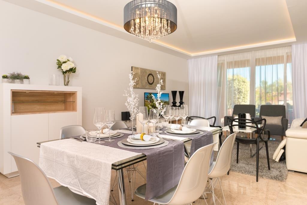 2 bedroom, 2 bathroom Apartment for sale in Nueva Andalucia ...