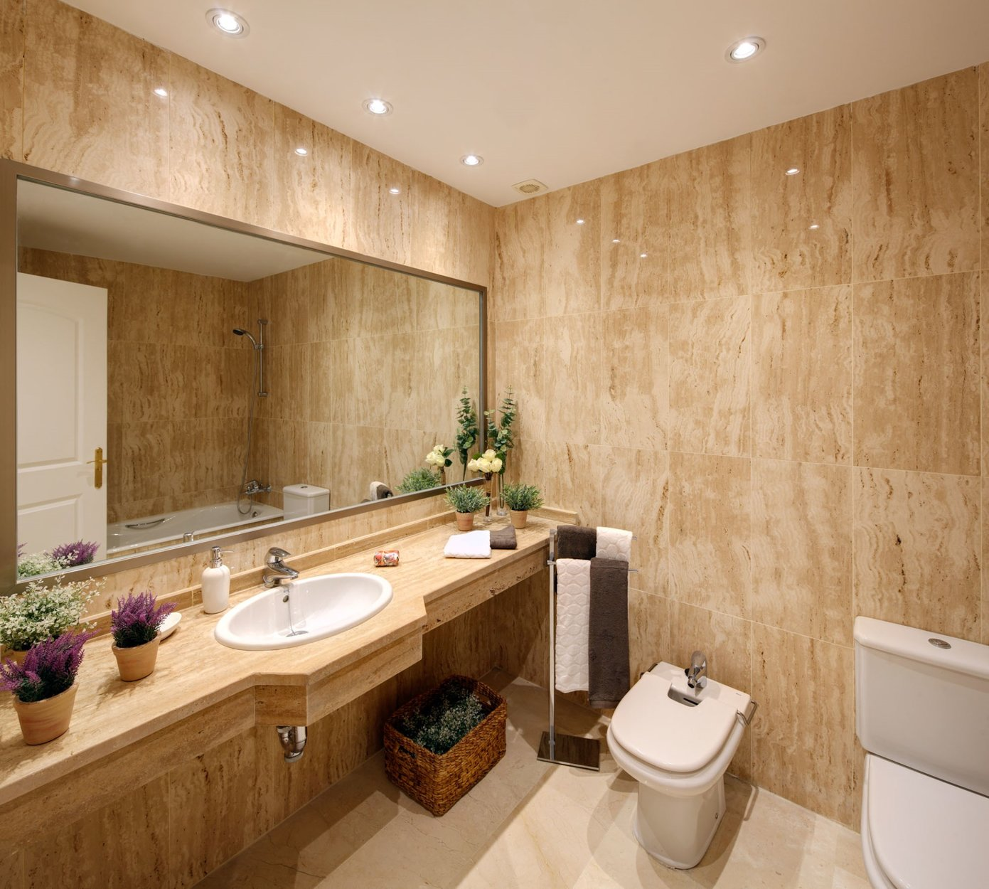 2 bedroom, 2 bathroom Apartment for sale in Elviria, Marbella ...