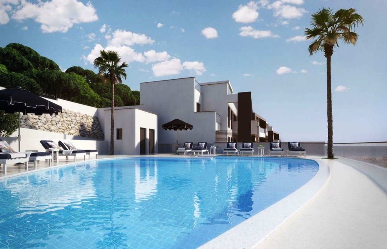 3 Bedroom, 2 Bathroom Apartment For Sale In La Quinta, Benahavis