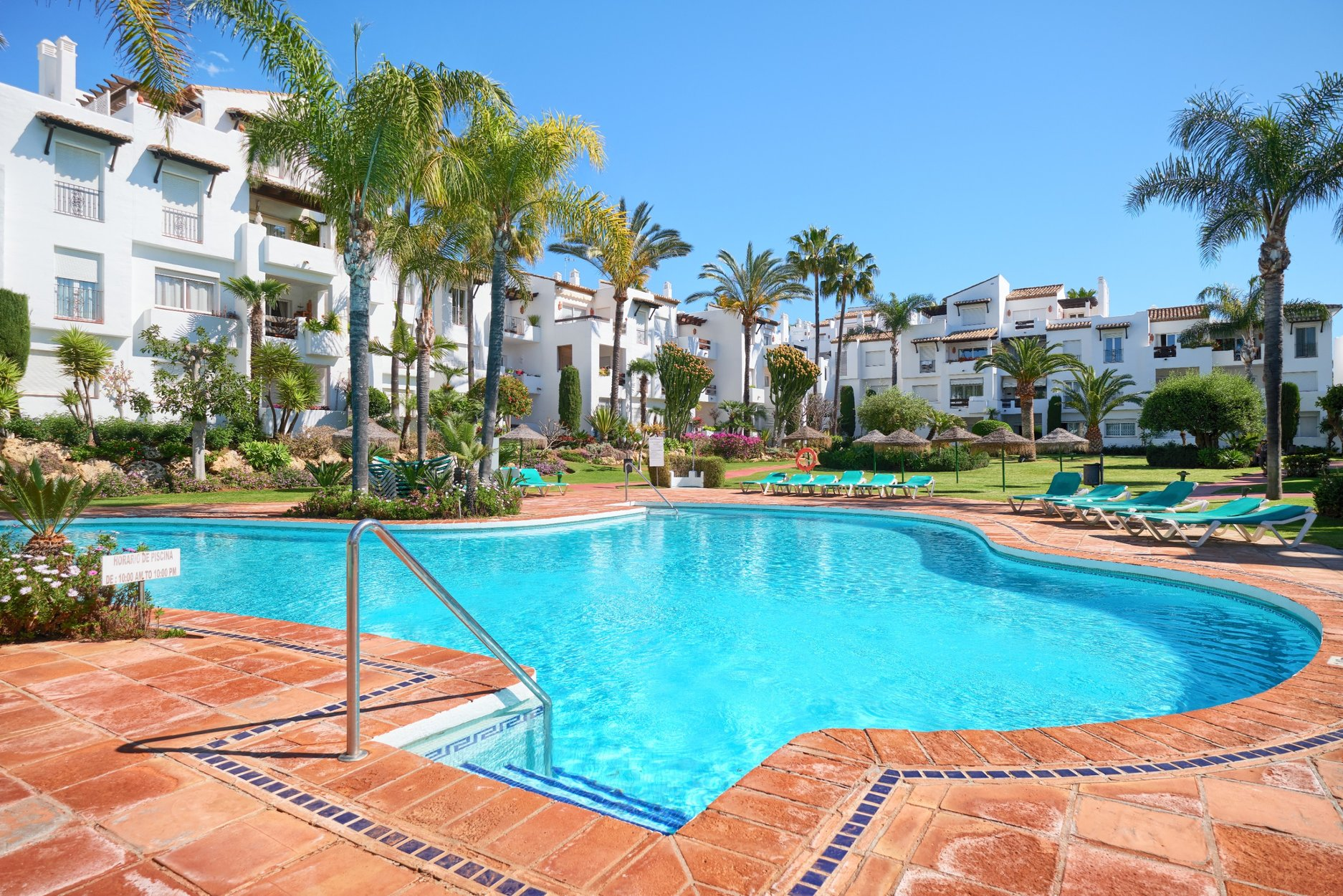 Apartment till salu i Estepona, New Golden Mile
