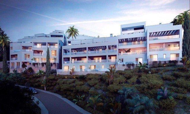 Apartment till salu i Marbella, Los Altos de los Monteros