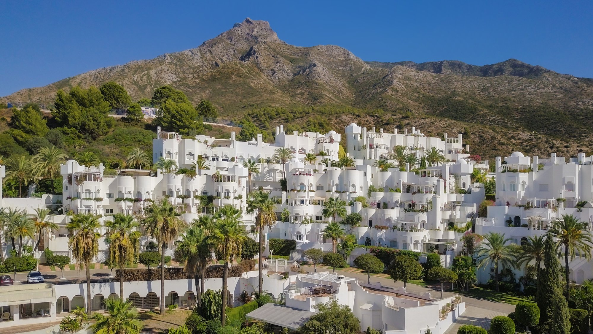 Apartment till salu i Marbella, Jardines Colgantes