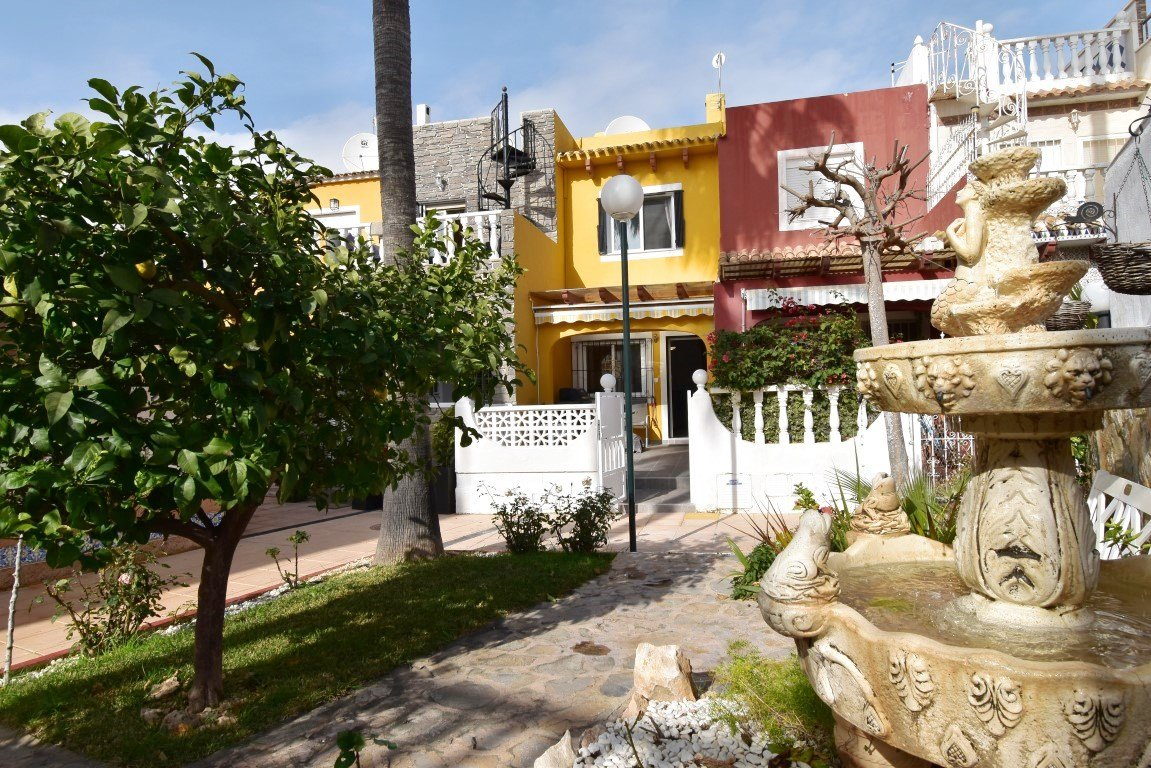 Town house for sale in Orihuela Costa - Costa Blanca