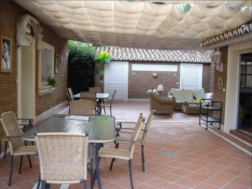 Villa for sale in Pinares de San Anton