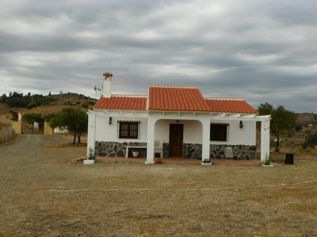 Country house for sale in Alora