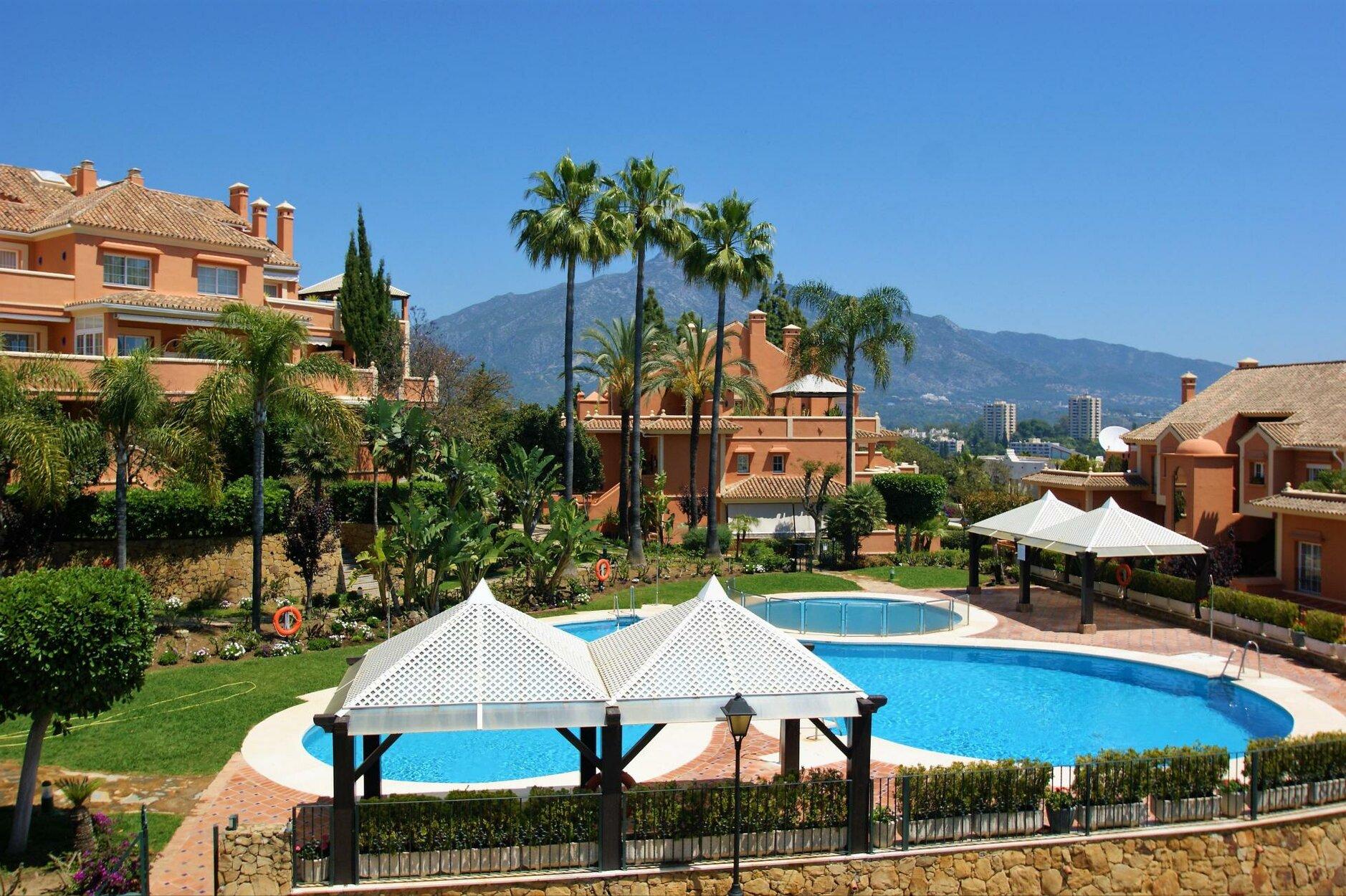 Apartment att hyra i Marbella, Nueva Andalucia