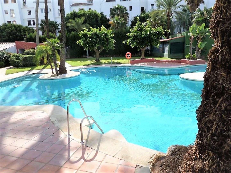 Apartment att hyra i Marbella, Puerto Banus