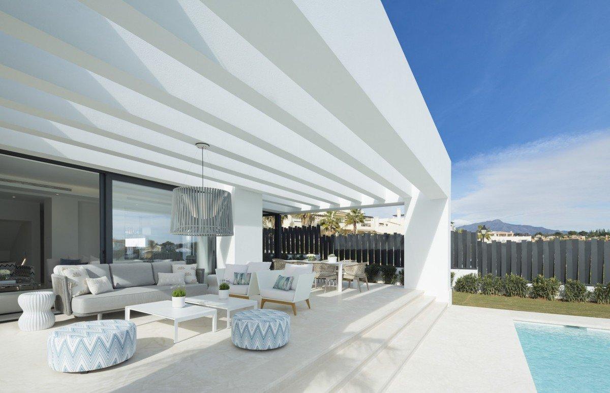 Villa til salgs i Estepona