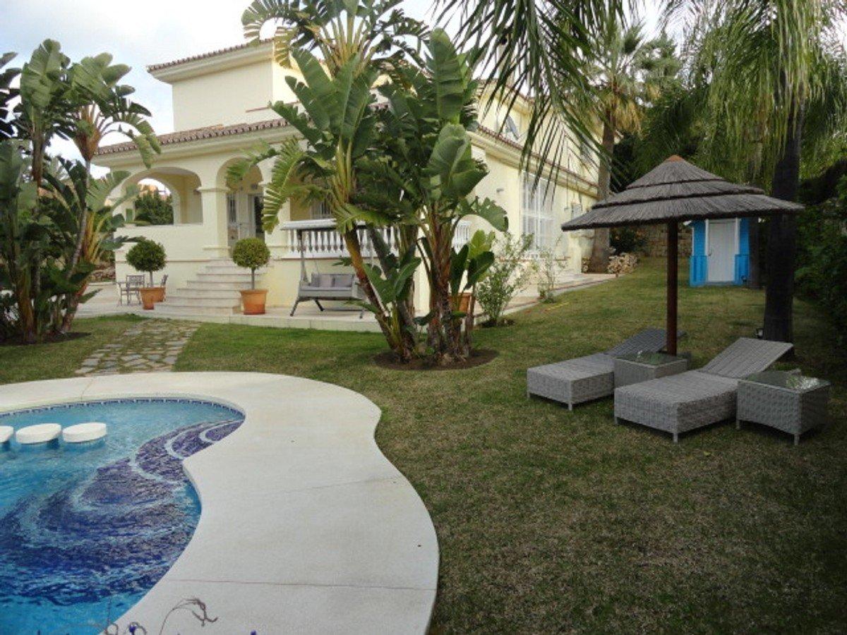 Villa till salu i Estepona, Bel Air