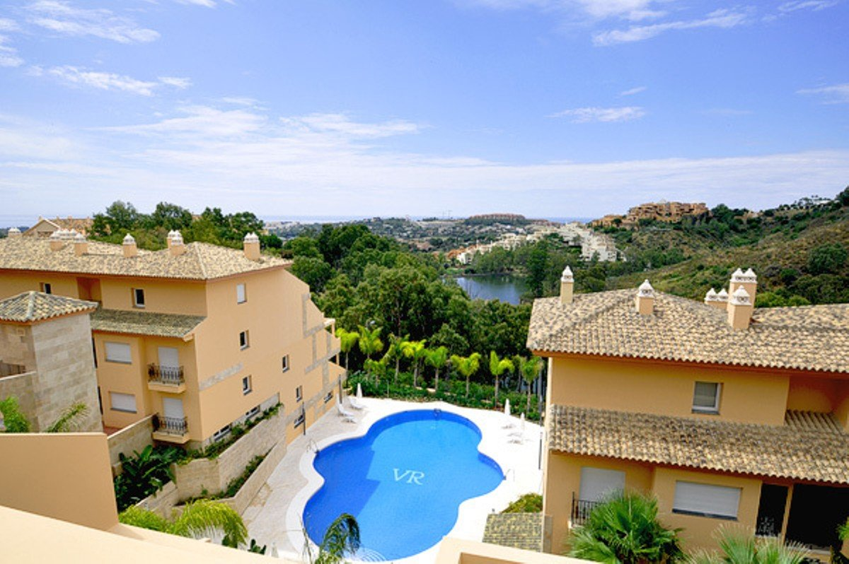Apartment till salu i Marbella, Nueva Andalucia