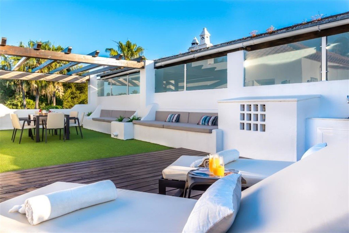 Penthouse for sale in San Pedro Alcantara, Guadalmina Baja