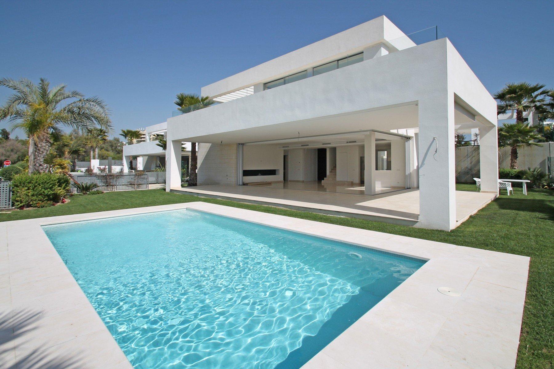 Villa for sale in Rio Real