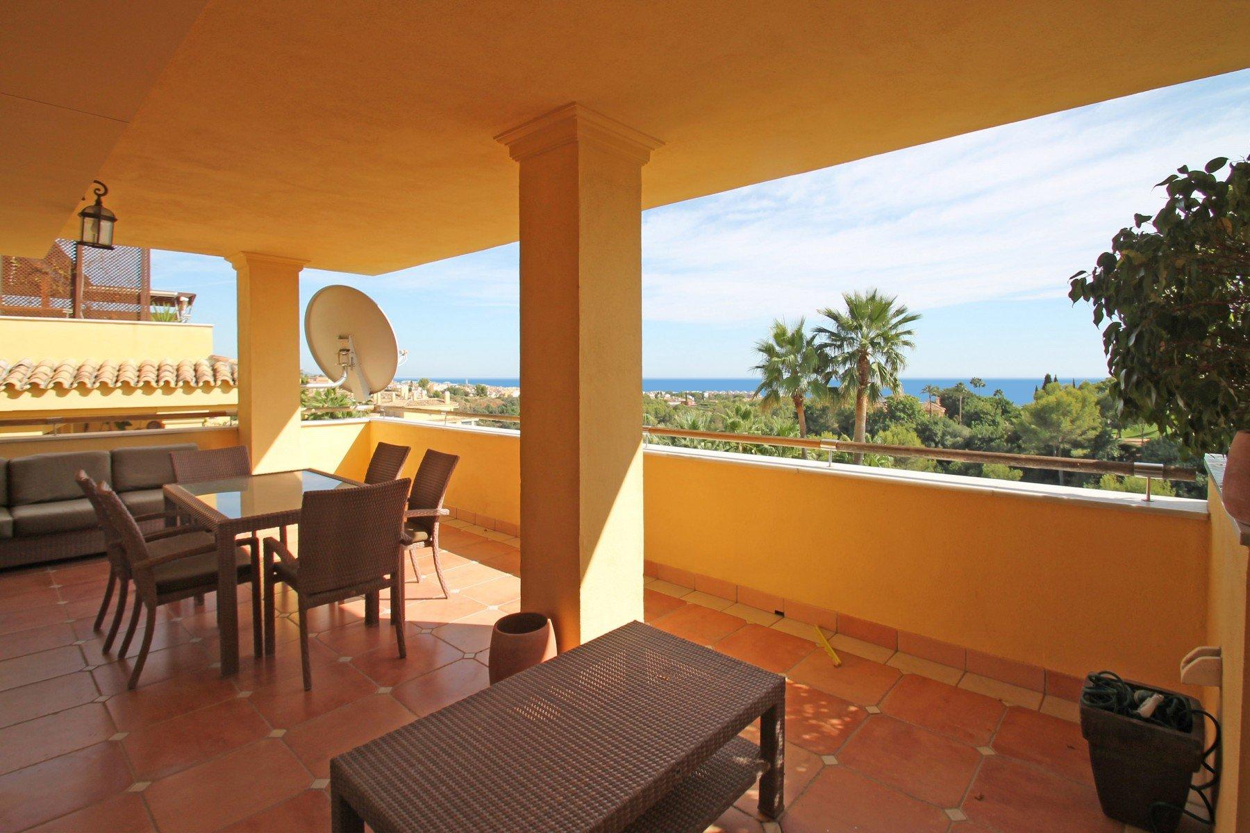 Apartment for sale in Marbella, Condado de Sierra Blanca