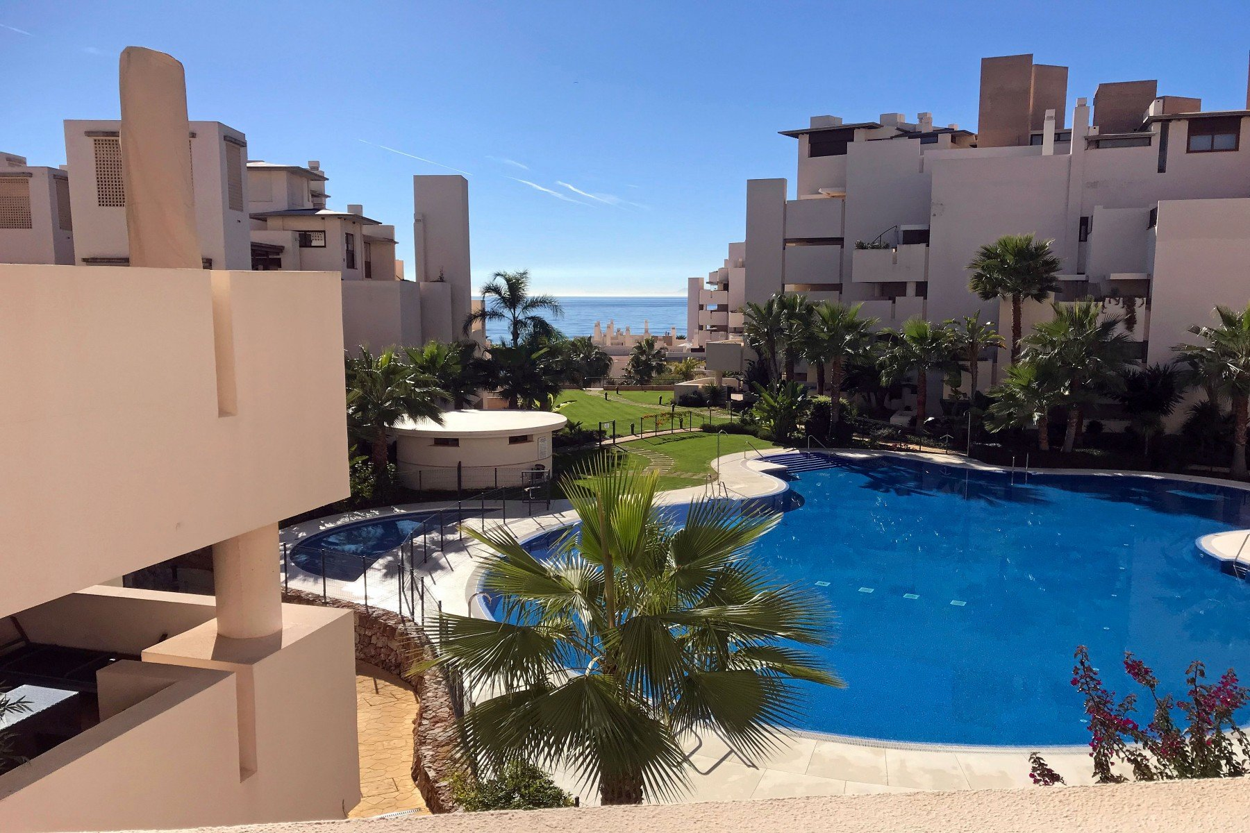 Apartment for sale in Estepona