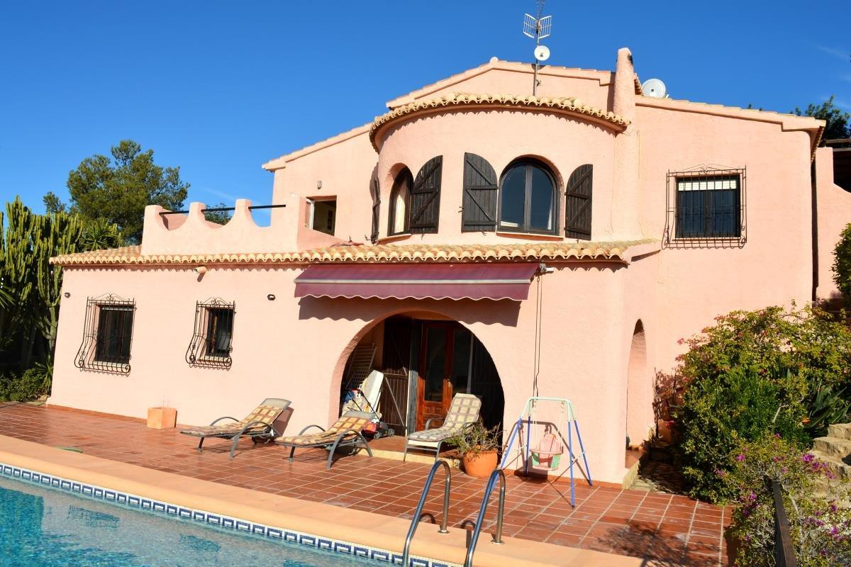 Villa for sale in Cumbre del Sol - Costa Blanca