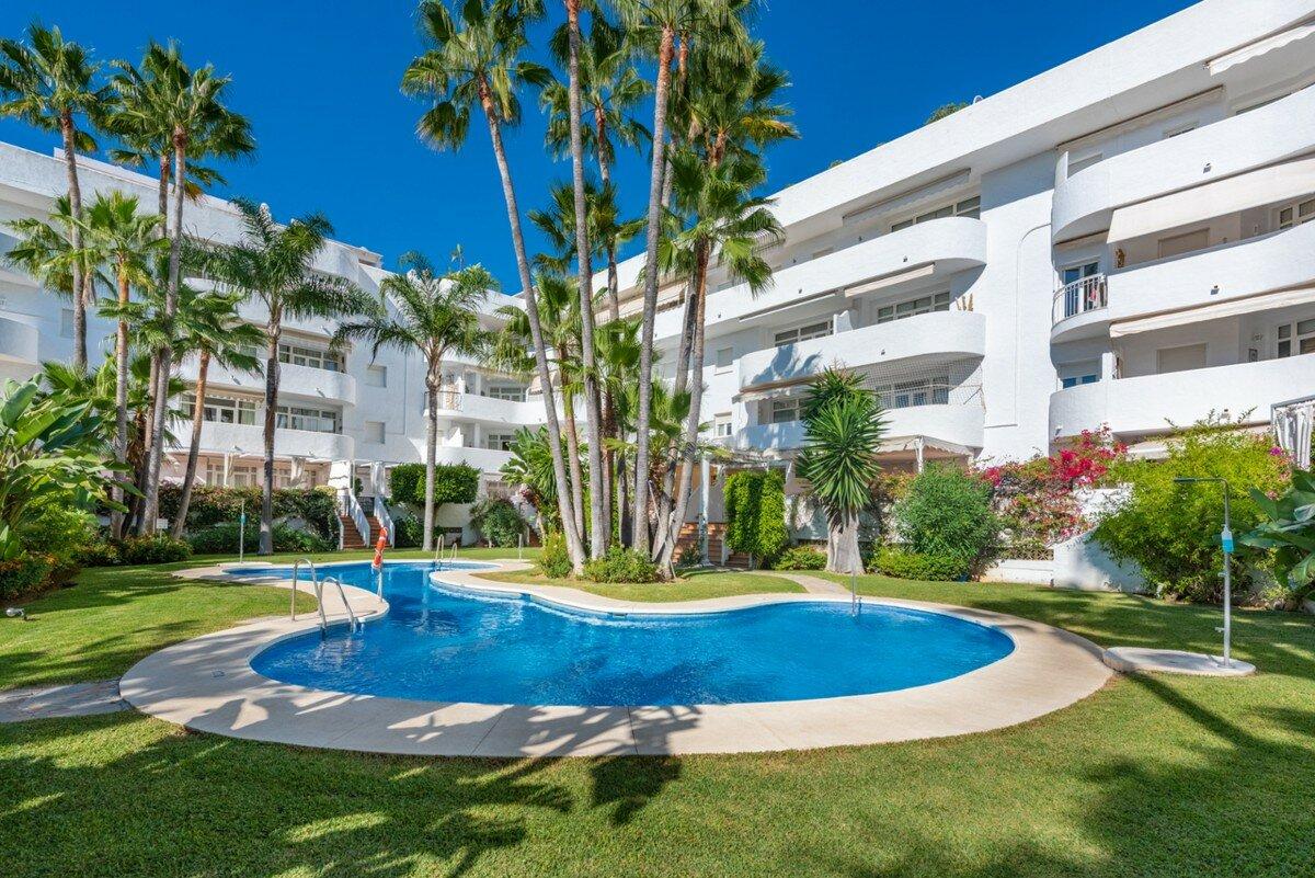 Penthouse for sale in Marbella, Marbella Golden Mile