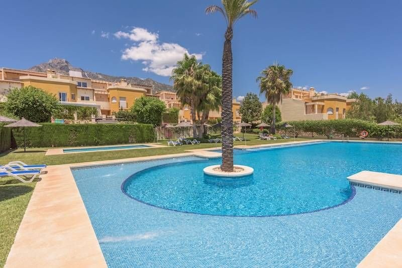Town house te koop in Marbella