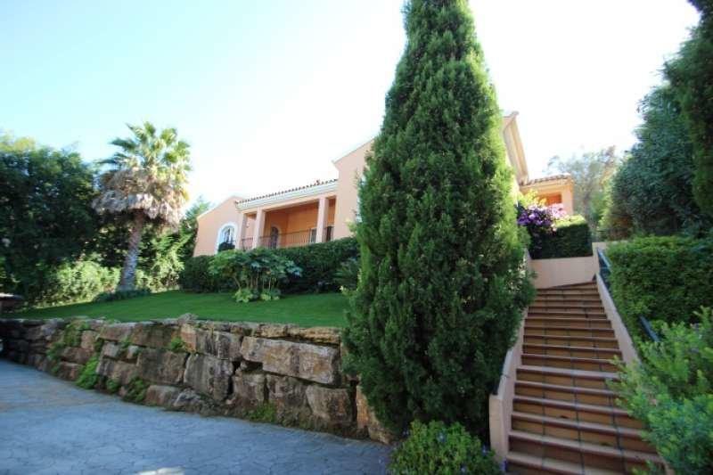 Villa for sale in San Roque