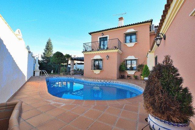Villa for sale in Ronda