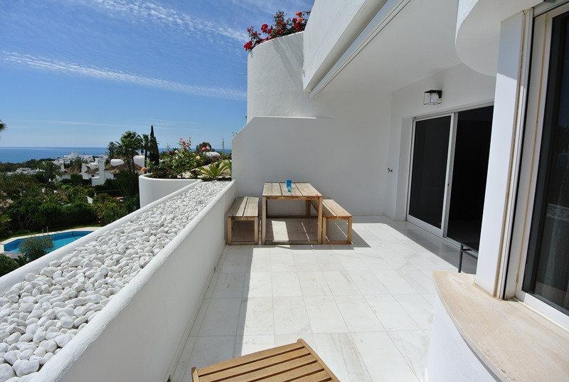 Apartment till salu i Marbella, Las Lomas del Marbella Club