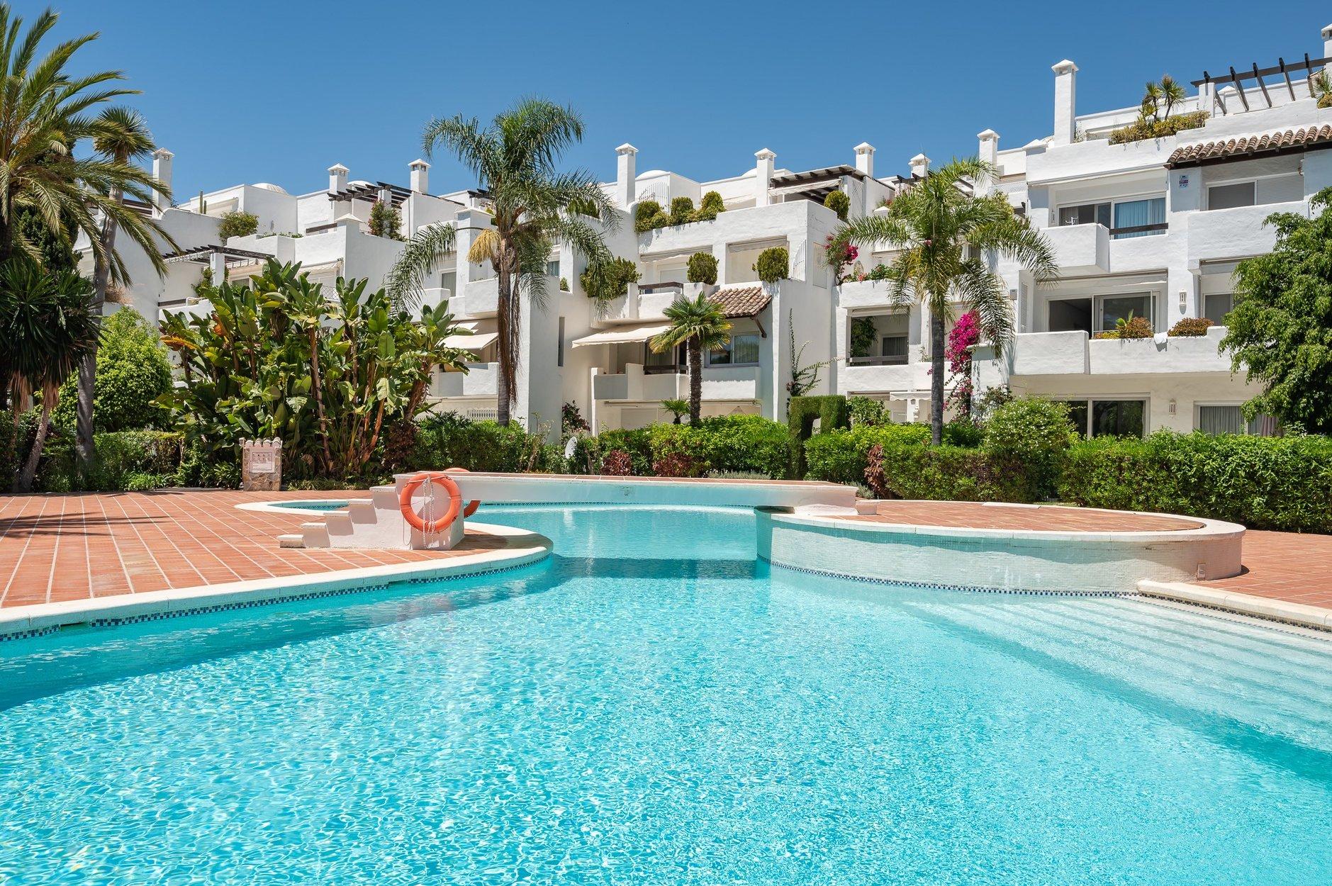 Apartment à louer à Marbella, Alhambra del Mar