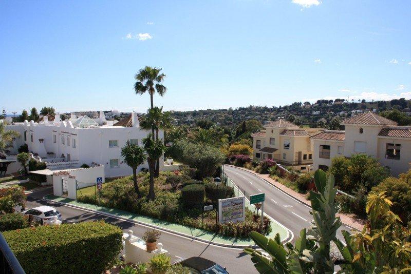 Townhouse For Sale in Aloha Pueblo, Nueva Andalucia, Marbella