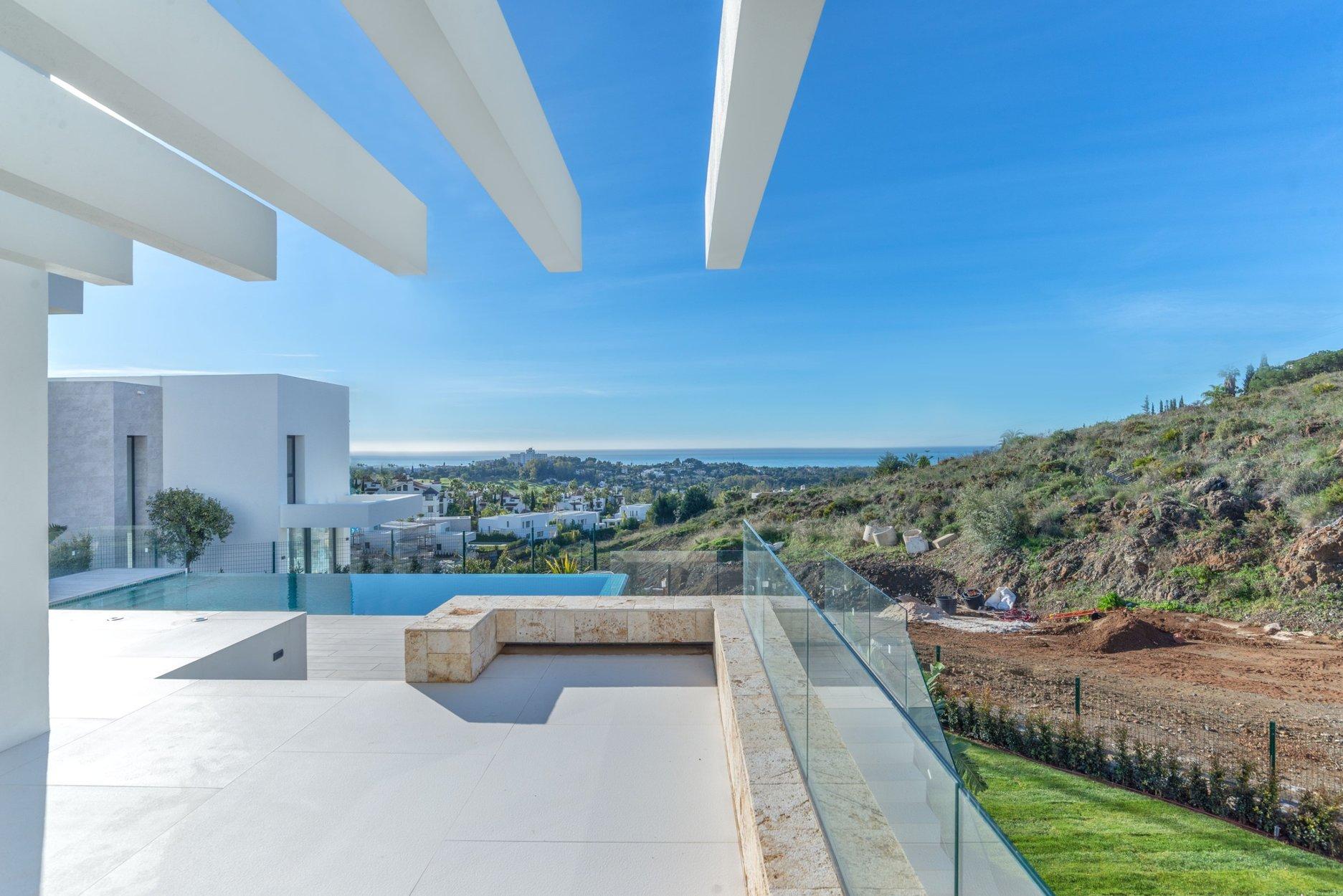 Villa till salu i Estepona, El Paraiso