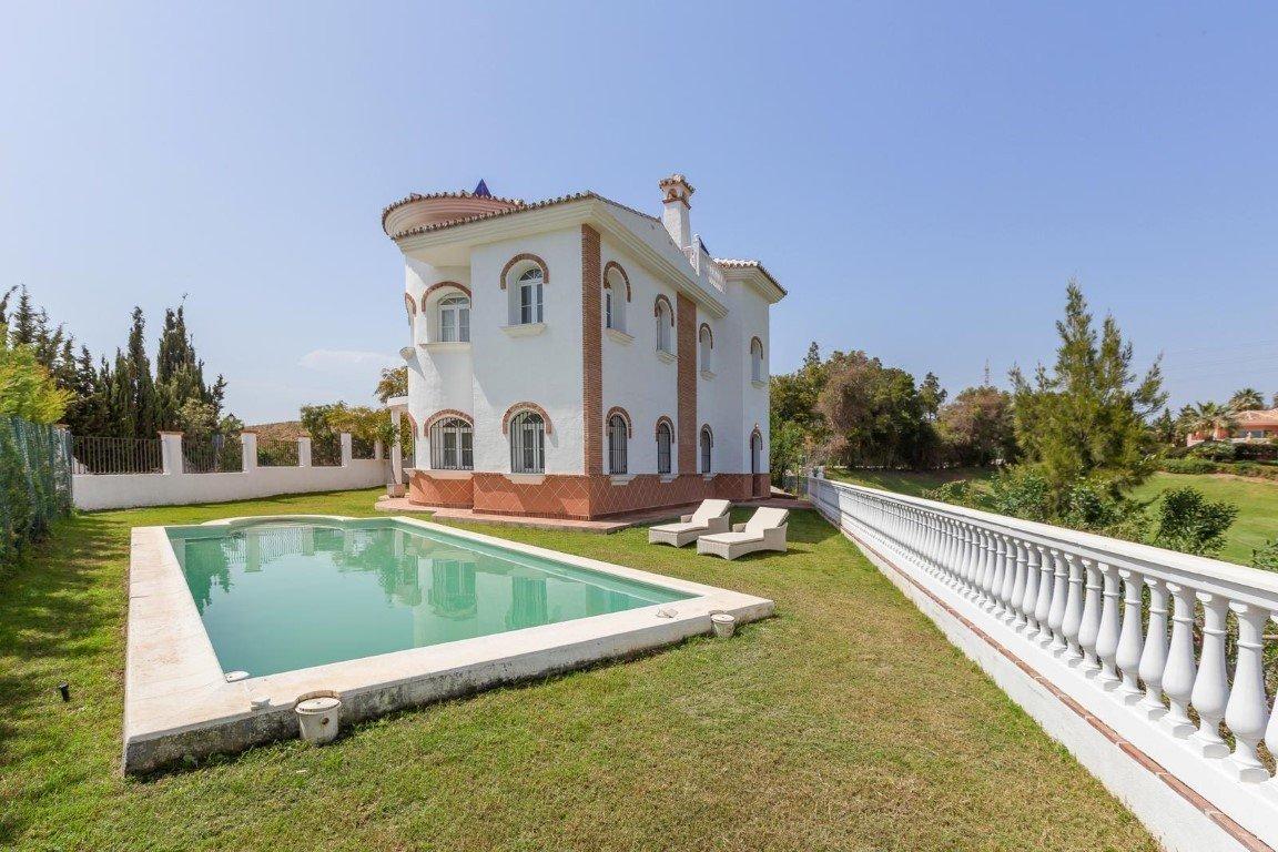 Villa a la venta en La Cala de Mijas