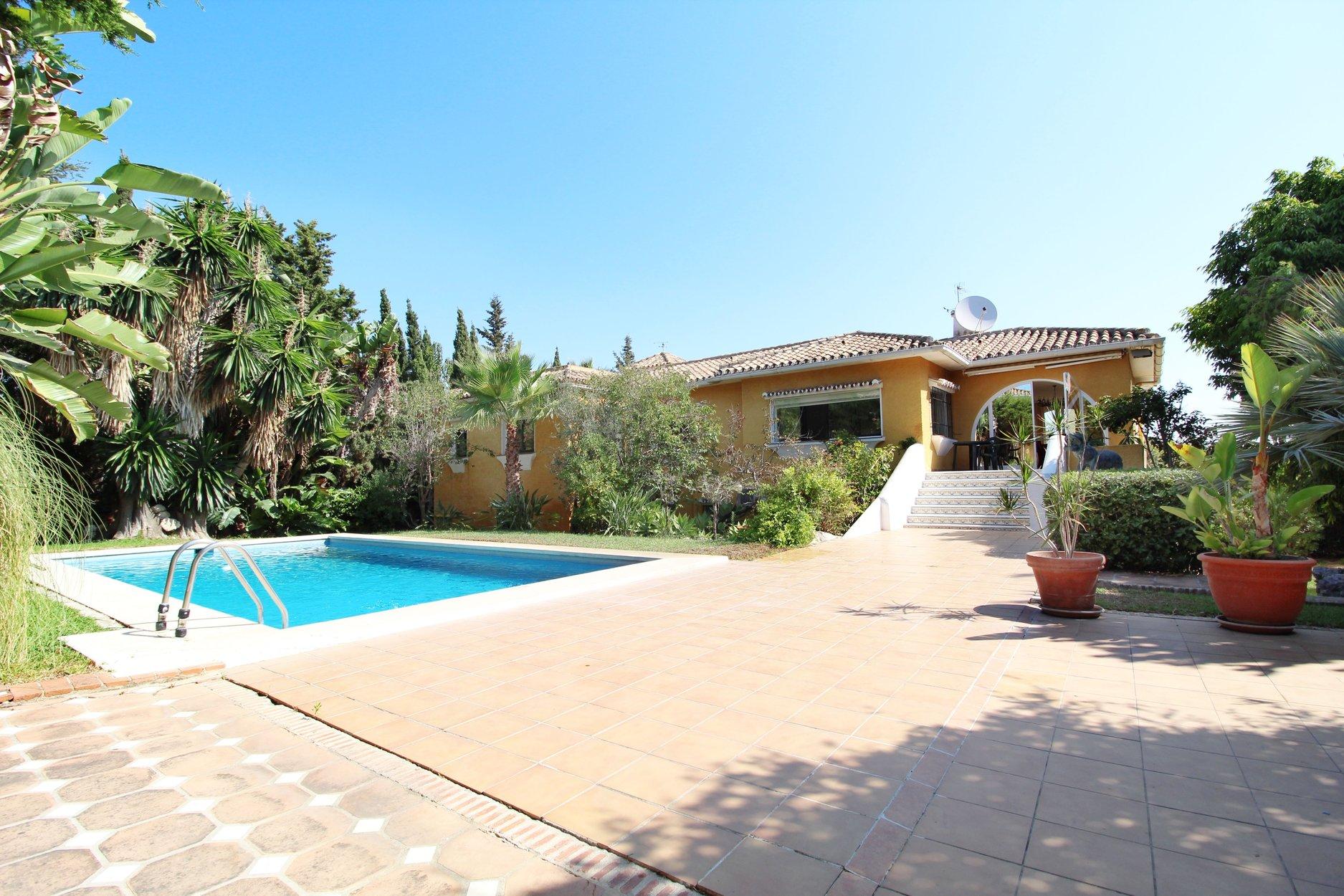 Villa à louer à San Pedro Alcantara, Guadalmina Alta