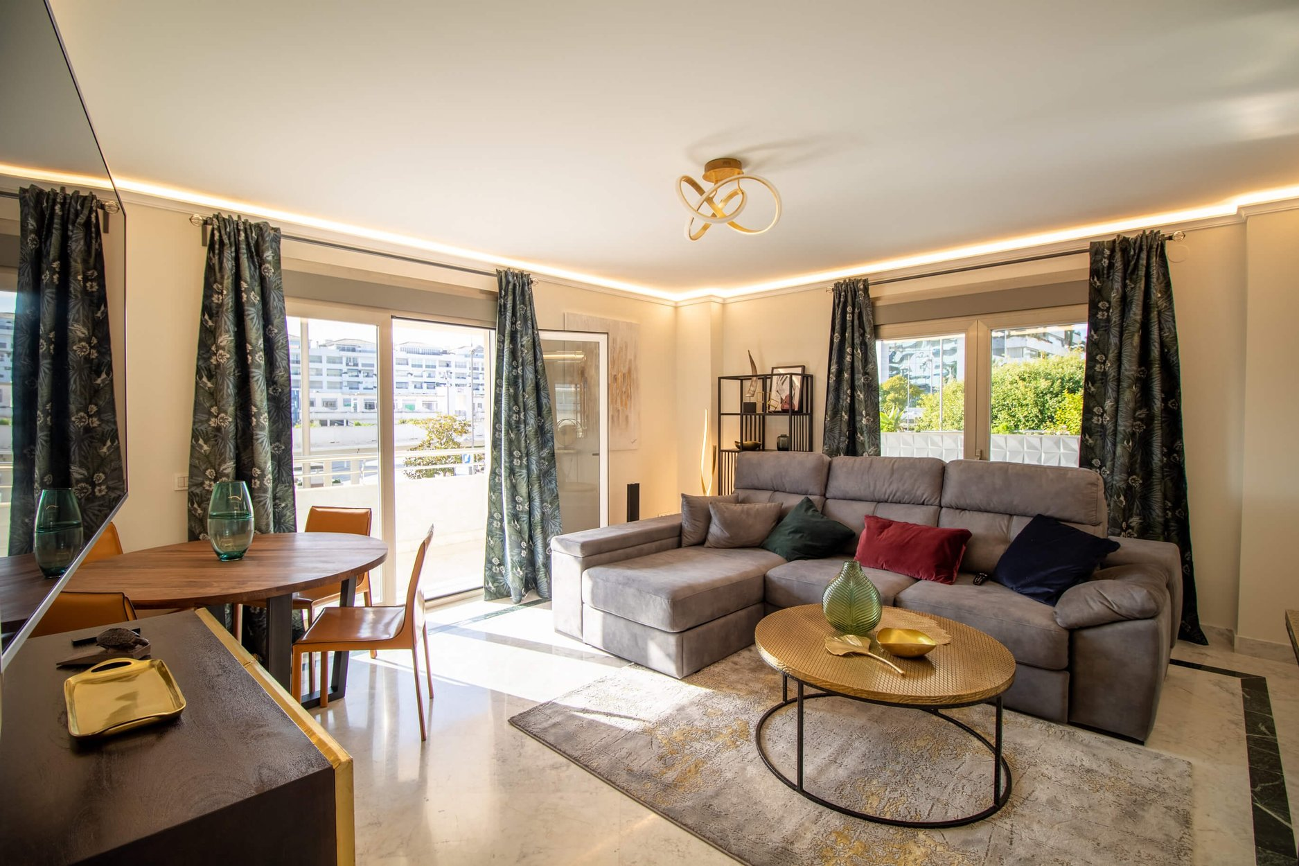 Apartment for rent in Marbella, Marina Banús