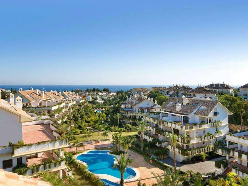 Apartment till salu i Marbella, Lomas del Rey