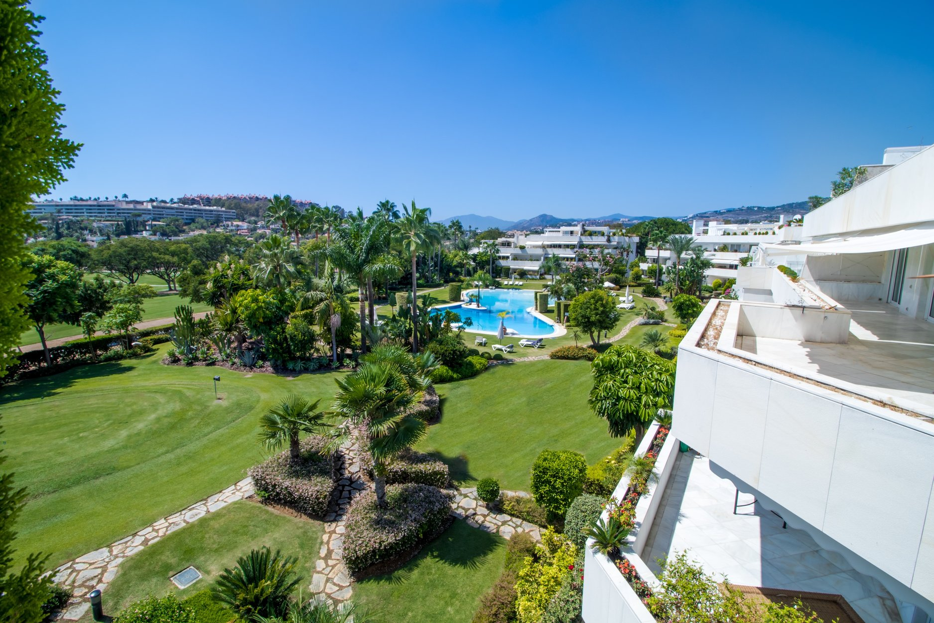 aaa4 bedroom Penthouse in Nueva Andalucia, Marbella | M256635