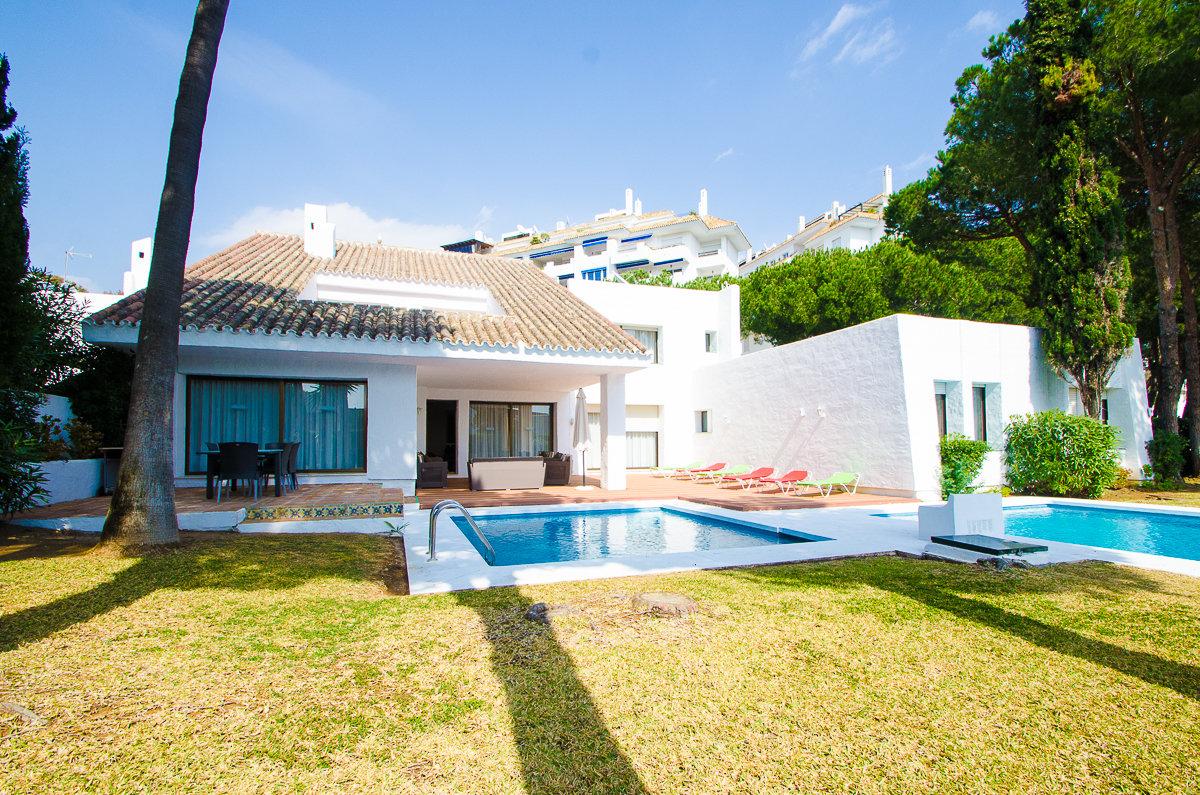 aaa5 bedroom Villa in Puerto Banus, Marbella | M156594